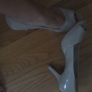 Nude size9 Bandolino shoes
